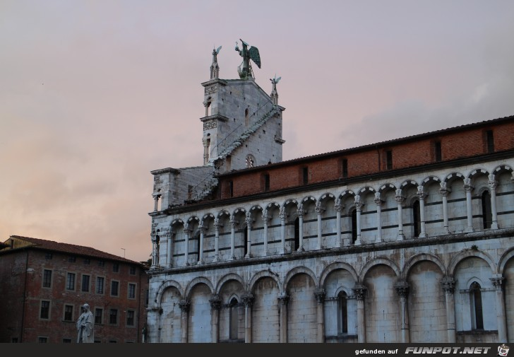 19-105 Michaelskirche