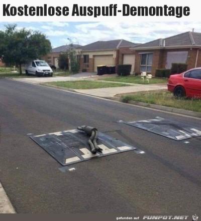 Auspuff-weg.jpg von Karsten
