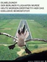 Eilmeldung---Berliner-Flughafen-wurde-eröffnet.jpg auf www.funpot.net