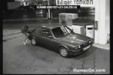 Wenn Frauen Auto fahren
