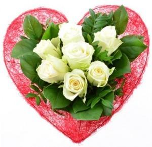 Stilvoller Blumenstrauß mit 7 weißen Rosen...