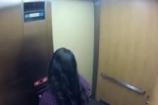 Geist im Aufzug Streich geht Schief