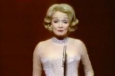 Marlene Dietrich - La Vie En Rose  Live  1972