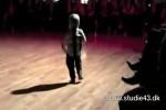 Schon-mit-2-Jahren-ein-Star-Tänzer.wmv auf www.funpot.net