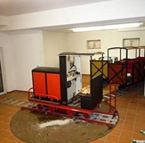 Große Gartenbahn zur Personenbeförderung!