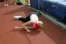 Blondine bei den Bundesjugendspielen