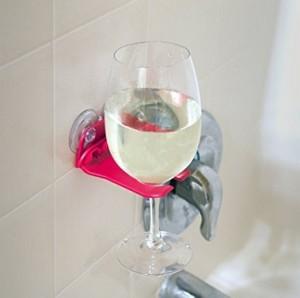 Weinglas Halter fürs Bad!