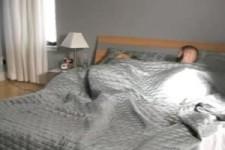 Freundin wecken