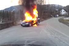 Das brennende Auto
