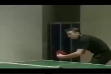Tischtennisaufschlag