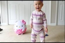 Babys lernen laufen