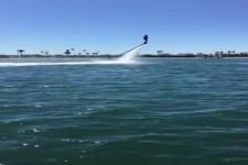 Katamaran mit Jetboard aufrichten