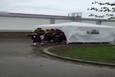 Pavillon als Schirm