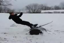 Die Ski fliegen alleine weiter