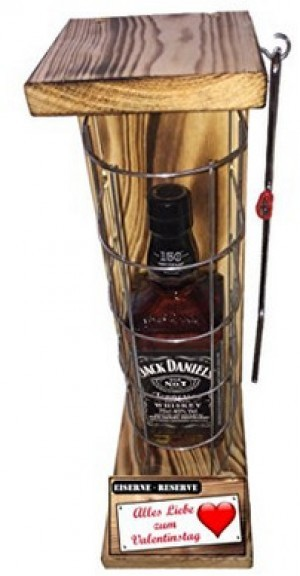 Whisky im Käfig mit der Aufschrift
