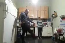 Spiel nicht in der Küche