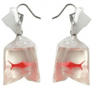 Fischbeutel-Ohrringe!