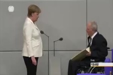 Merkel vs Pinoccio
