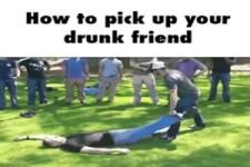Betrunkenen Kumpel mitnehmen