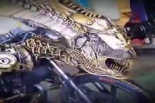 beängstigendes Motorrad