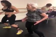 90 Jährige Oma