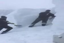 Schneemassen beseitigen