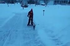 so macht Schnee schippen Spaß