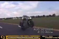 Person verloren auf dem Motorrad