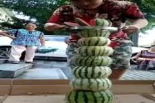 Kunstwerke aus Wassermelonen