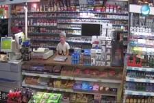 Der Chef in der Tankstelle