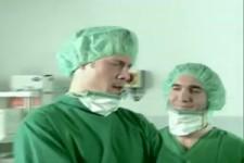Etwas große Implantate