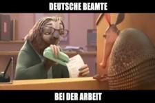 Deutsche Beamte bei der Arbeit
